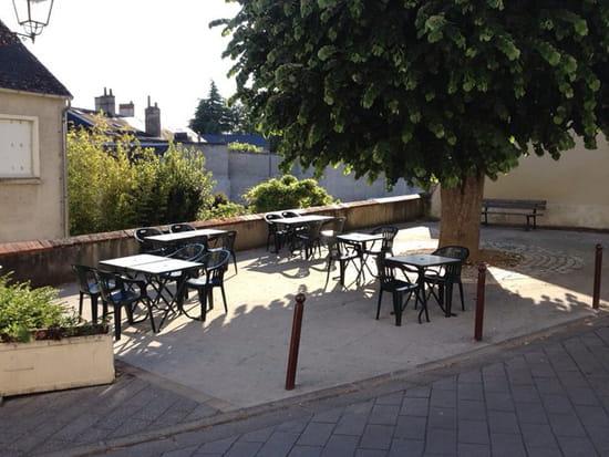 ", Restaurant : La Terr'aSandrA  - La fameuse terrasse de la ""Terr' aSandrA"" -"