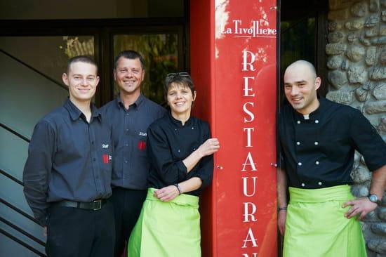 La Tivollière (Saint Marcellin)  - L'équipe : Damien, Jean-Yves Serve, Christine Serve et Guillaume. -