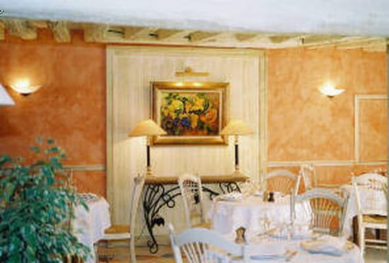 la vieille auberge restaurant gastronomique villeneuve le comte avec linternaute. Black Bedroom Furniture Sets. Home Design Ideas