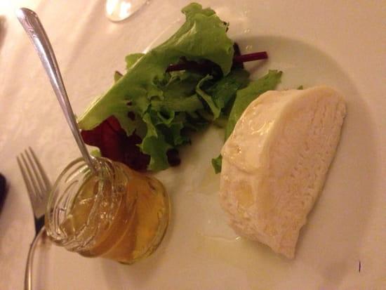 , Dessert : La Villa Regalido  - Chèvre de Camargue et sa confiture d'orange amère  -