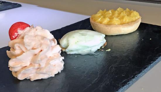 Le 247  - Tartelette citron, mousse de fraises Tagada et son sorbet citron vert -   © Best Western Europe Hôtel****