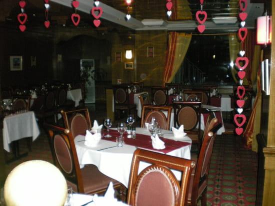 Le belvedere restaurant de cuisine traditionnelle for Bon restaurant chartres