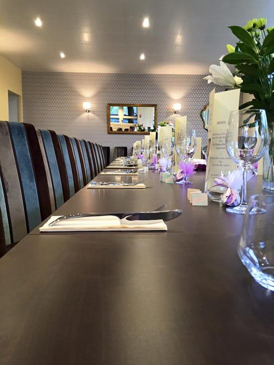 Le Bistro Fontaines  - Salle Réception pour repas de Groupe -