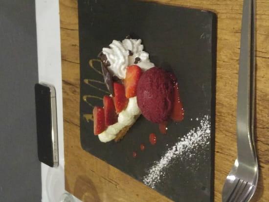 , Dessert : Le Bistronomique  - sablé aux premières fraises  -