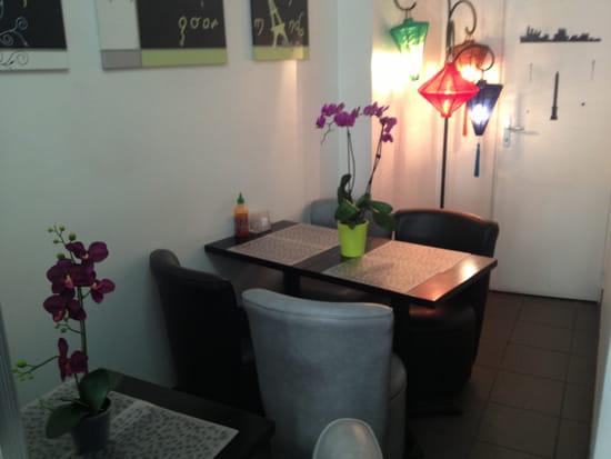 le bo bun nems restaurant vi tnamien paris avec linternaute. Black Bedroom Furniture Sets. Home Design Ideas