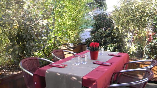Le Bouchon de Sassay  - terrasse dès les beaux jours -   © le restaurateur