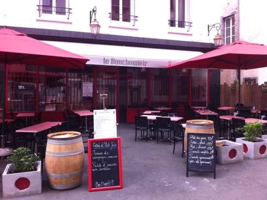 Le bouchouneir restaurant de cuisine traditionnelle for Cuisine plus clermont ferrand