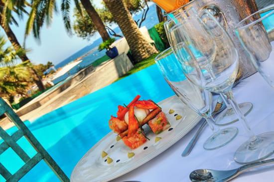Le Bougainvillier  - Table Le Bougainvillier terrasse mer 2 -   © elisabeth rossolin