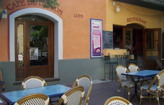 Le Café de l'Union  - les deux entrées bar et restaurant -   © linguehelt nathalie