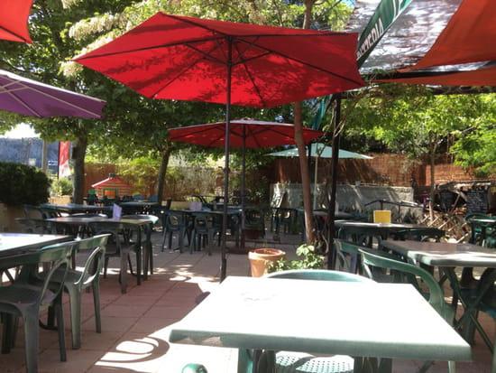 , Restaurant : Le Camargue  - La terrasse -