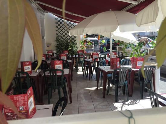 , Restaurant : Le Capri  - Terrasse d'été au Capri -