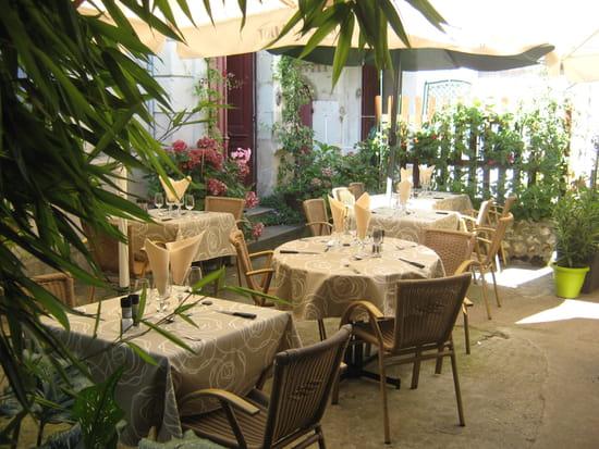 Le Carrousel  - terrase interieure -
