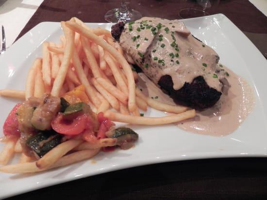 Le Caveau Gourmand  - Cordon bleu de veau à la crème -   © jean-marc