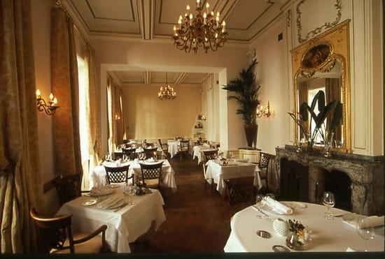 le ciel d 39 or relais royal restaurant gastronomique. Black Bedroom Furniture Sets. Home Design Ideas