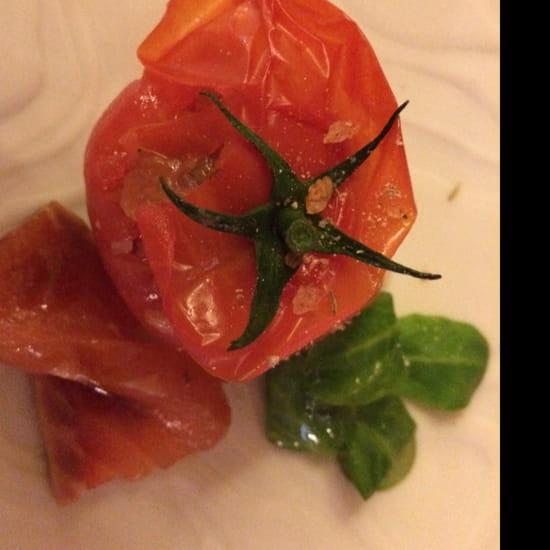 , Entrée : Le Clos des Lys  - Tomate et Saumon  -