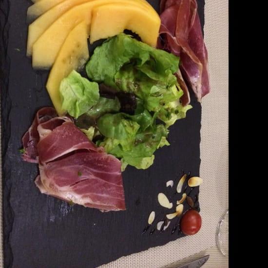 , Entrée : Le Collectionneur Gourmand  - Melon et SERRANO  -