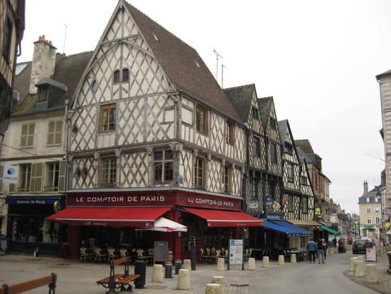 Le Comptoir de Paris  - Le restaurant -   © Sandrine & Jean-Pierre