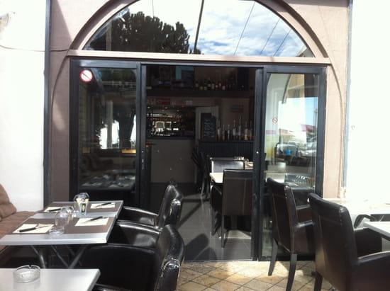 Le Comptoir du Sud  - La terrasse!!!  -   © Am