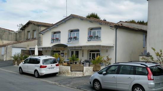 , Restaurant : Le Cottage Restaurant  - Cottage  -