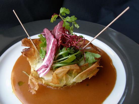 Le Devin  - Croustillant de Langoustine & Lotte, Sauce Crustacés -   © Le Poulpe