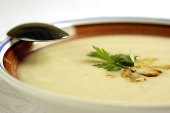 Le Garde Pile  - spécialité locale, soupe à l'ail rose de Lautrec -