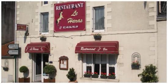 , Entrée : Le Haras  - Restaurant vu de l'extérieur -