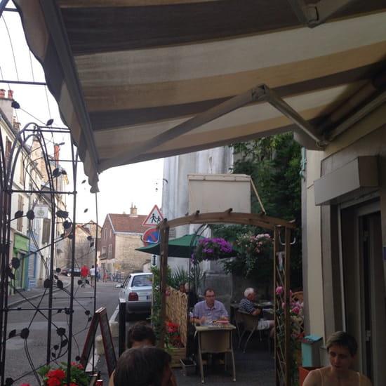 Le jardin guinguette chaumont avec linternaute for Restaurant avec jardin dans le 92