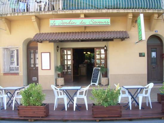Le jardin des saveurs restaurant de cuisine for Restaurant avec jardin dans le 92