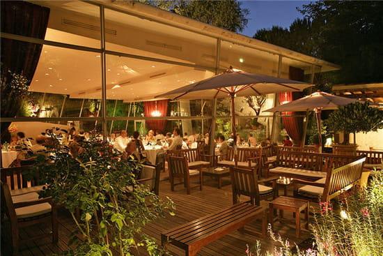 Le jardin des sens restaurant gastronomique montpellier for Resto avec jardin