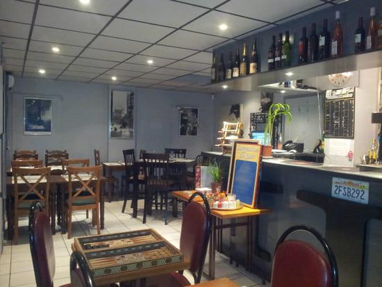 Le Mag  - Restaurant Le Mag Boulogne - Franco Libanais - Intérieur -   © Axel