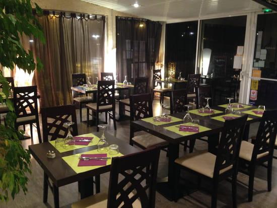 Le Marin restaurant  - la veranda -   © nathalie denel
