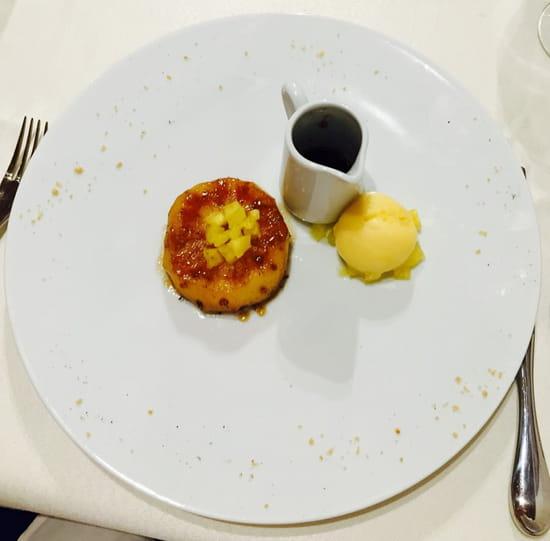 , Dessert : Le Millésime  - Ananas rôti au poivre de Sichuan, sorbet fruit de la passion!! -