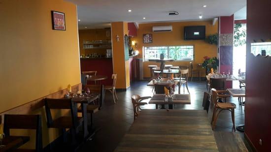 , Restaurant : Le Moment
