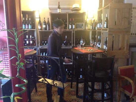 , Restaurant : Le P'tit Rouquin  - Coin cave à vins ÂŽnaturels  -