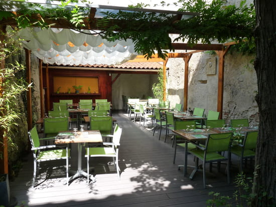 Backyard Porch Restaurant : Le Patio, Restaurant de cuisine traditionnelle ? Pamiers avec L