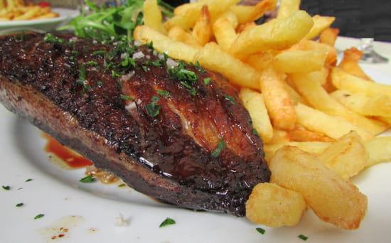 Le Plana  - Magret entier grillé et frites maison -