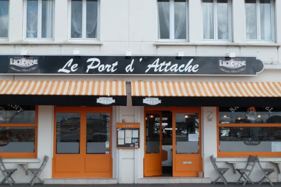 Le Port d'Attache