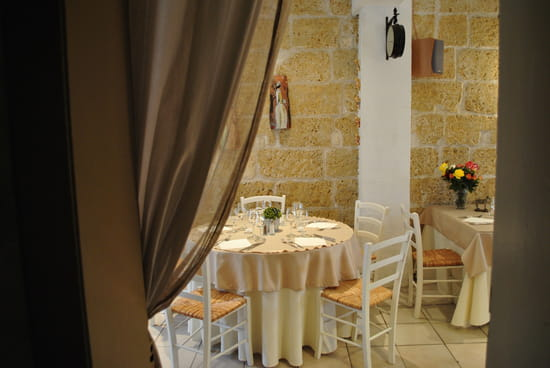 Le Provençal  - la table -   © le provencal