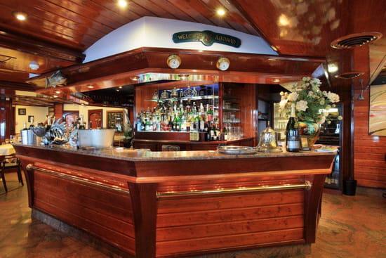 Le Querrien  - bar du Querrien -   © panoramix
