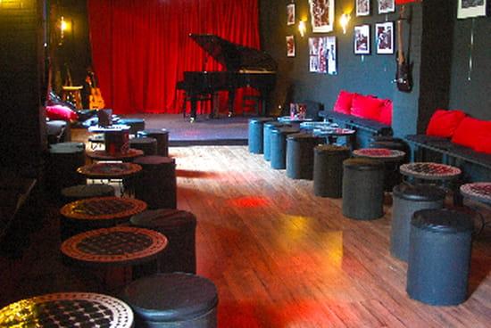 Le R  - Le piano bar -