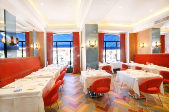 Le Relais 50  - La salle de restaurant -