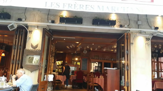 , Entrée : Le Restaurant des Frères Marchand