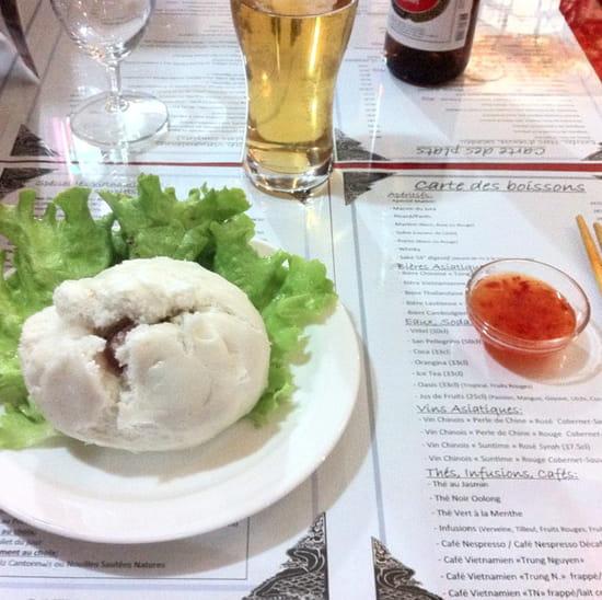 , Entrée : Le Saigon  - Banh Bao -