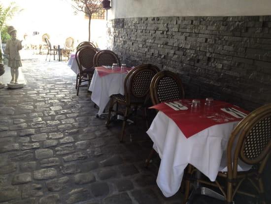 , Restaurant : Le Saint Maurice  - Entrée de la restaurant -