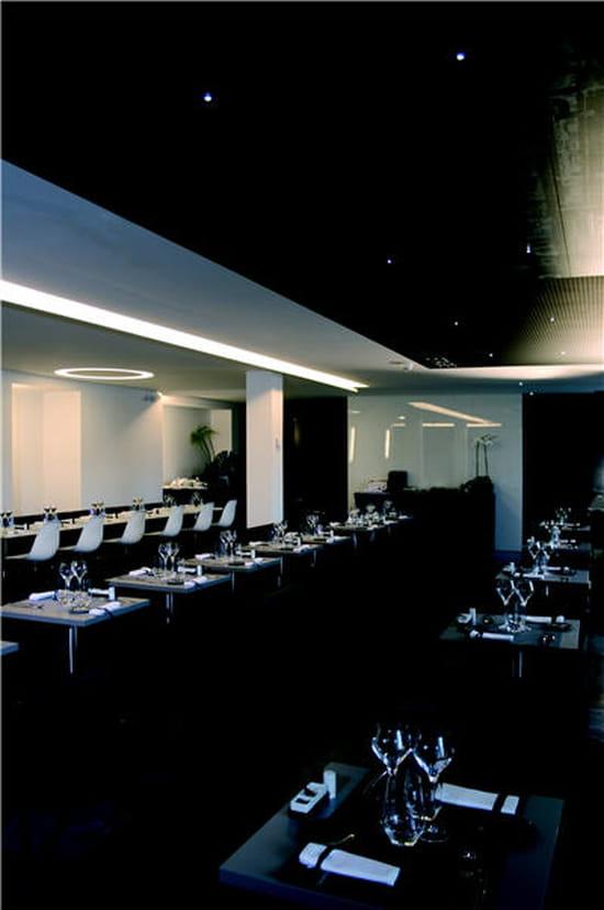 Le saut du loup mus e des arts d coratifs restaurant de cuisine moderne paris avec linternaute - Le musee des arts decoratifs ...
