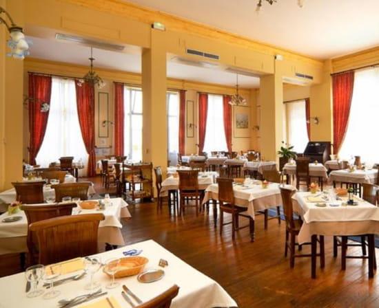 Le Trianon Evaux Grand Hotel