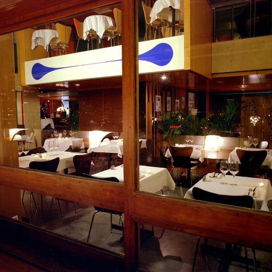 le ventre de l 39 architecte restaurant m diterran en. Black Bedroom Furniture Sets. Home Design Ideas