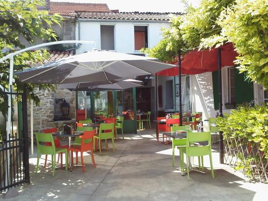 Le Vin sur 20  - terrasse ombragée et au calme -   © levinsur20