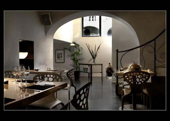 le volodia restaurant de cuisine moderne montpellier avec linternaute. Black Bedroom Furniture Sets. Home Design Ideas