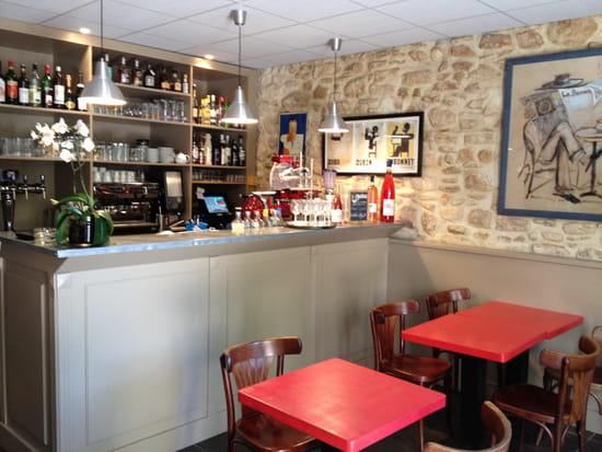 Les Acacias  - Côté Bar -